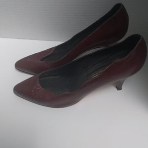 👠 Classic genuine leather heels by Bally 👠👠👠